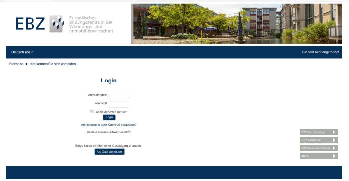 Slide Moodle als interaktive Lernplattform